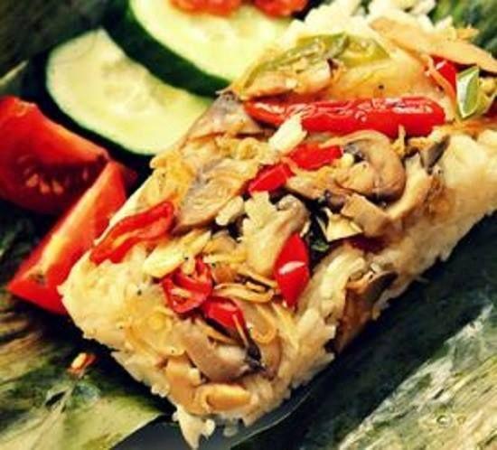 [Resep] Nasi Bakar Isi Jamur Tiram http://www.perutgendut.com/read/nasi-bakar-isi-jamur-tiram/3054 #Resep #Food #Kuliner
