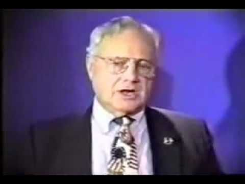 """▶ 911: •• Truth•• """"911 was an inside job"""" acc. to Frmr FBI Chief Ted Gunderson - 9min interview 2010"""