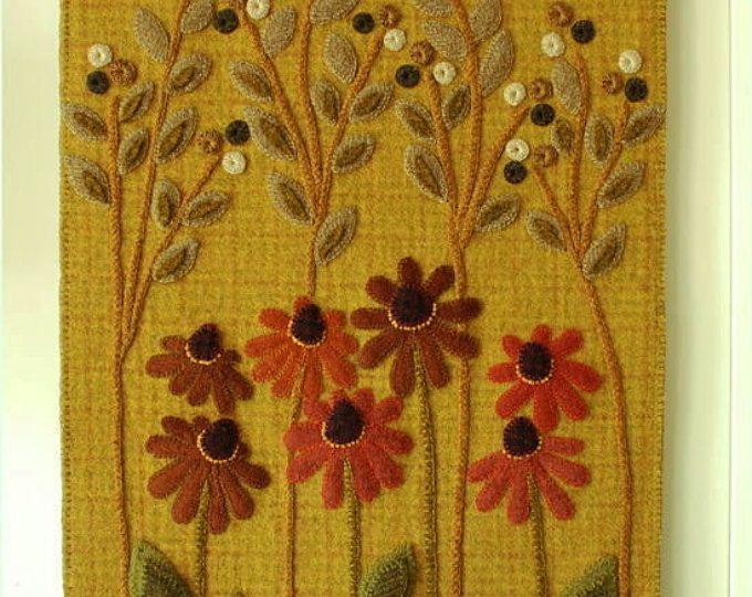 """Apliques de lana modelo """"Carretera Coneflowers"""" alfombra de penny del colgante de pared alfombra teñida enlace bloque de tejido de lana afieltrada primitivo lana acolchada a mano"""