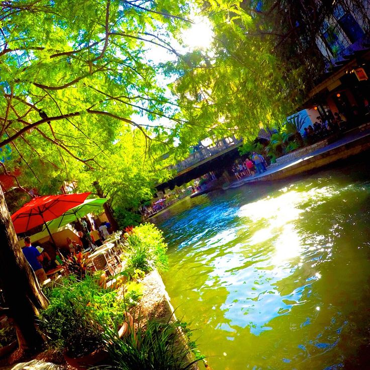 Things to do on Riverwalk in San Antonio, Texas