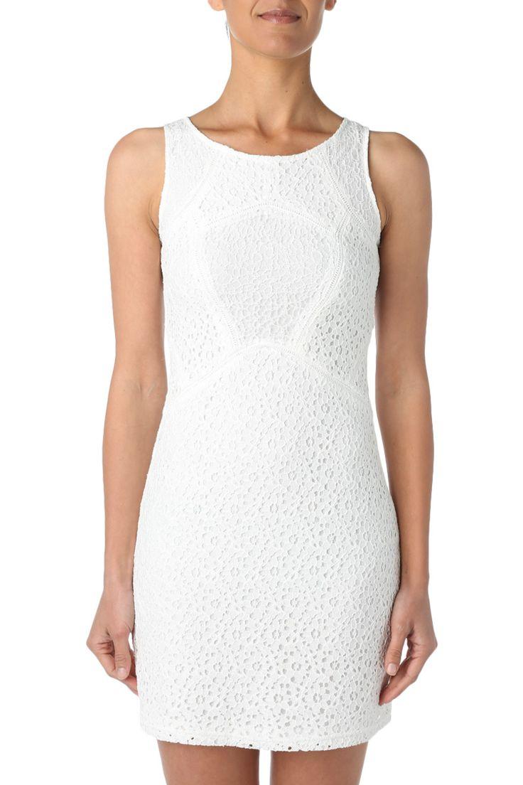 Robe blanche à dentelles #robe #blanc #dress #style