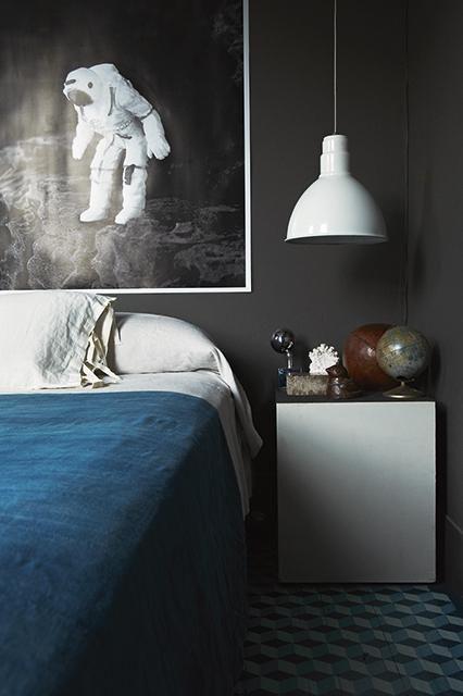 = astronaut artwork and blue linen