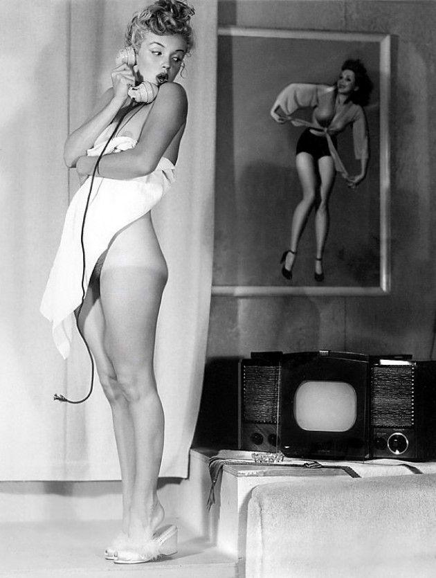 Marilyn by Earl Moran.