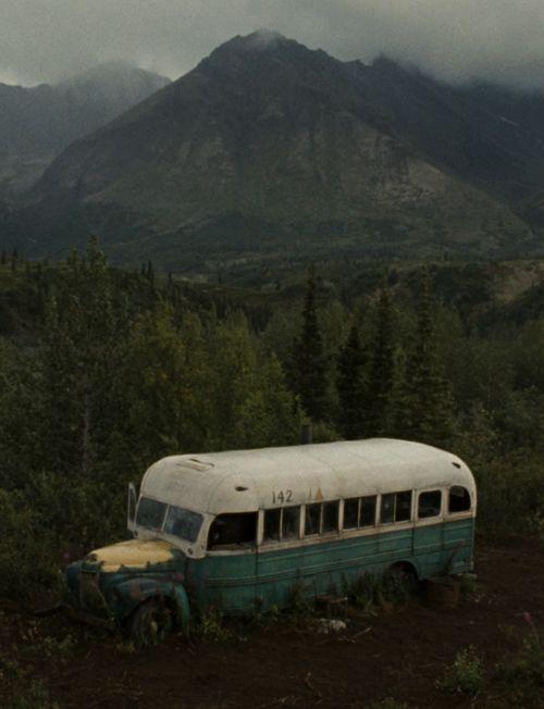 Vou ir morar em um trailer no meio de uma floresta *-* minha vida perfeita