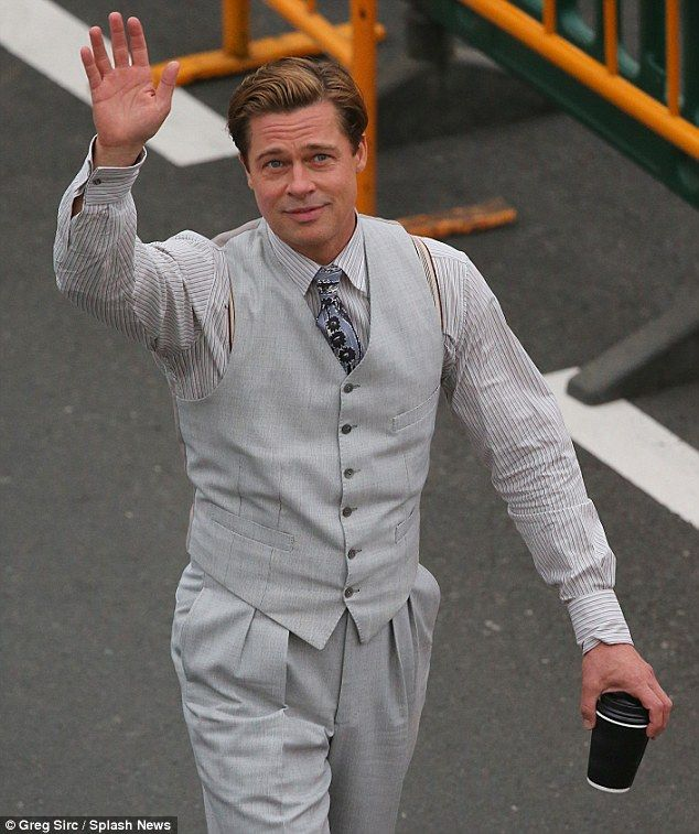 Brad Pitt shoots scenes for Allied
