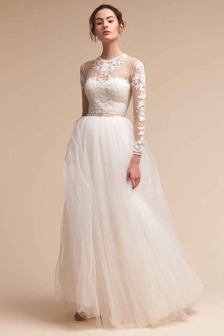 432 best trouwjurk images on pinterest wedding frocks for Best wedding dresses with sleeves