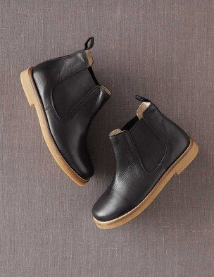 I've spotted this @BodenClothing Leather Chelsea Boots