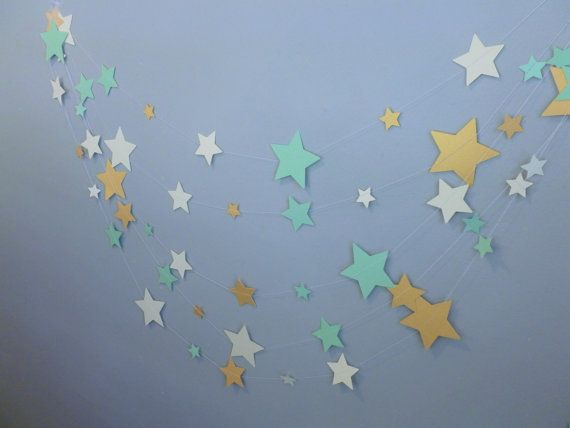 Menta brillo de oro y marfil Casa Decor guirnalda estrellas