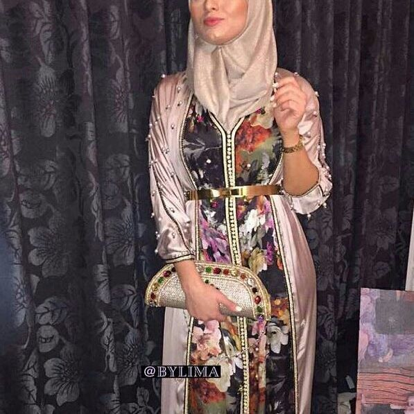 @bylimaofficial #caftan #mariage #mariagemarocain #marieemarocaine #wedding #moroccanwedding #takshita #caftan #قفطان_مغربي #العروس #المغرب #ر #marocco #morocco #moroccan #moroccanbeauty #beauty #maghreb #kaftan #moroccan#hautecouture #marocaine #oriental #moroccandesig