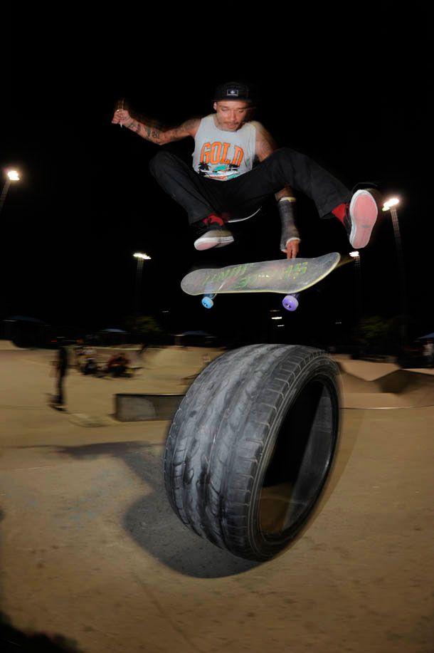 #spenderhamilton #shakejunt #supra #expedition #kickflip #tire #skate #skateboarding