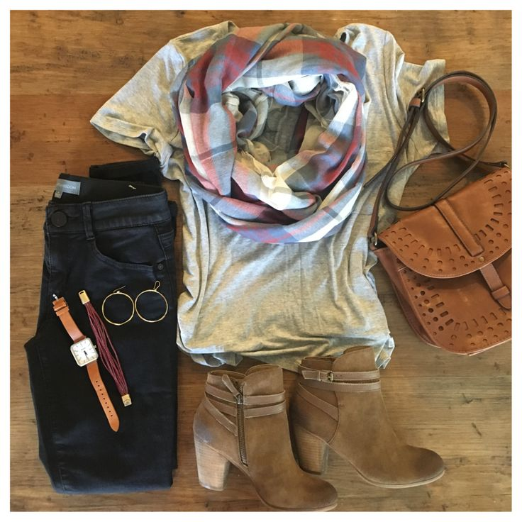FALL OUTFIT PLANNING:  black jeans, soft tee, scarf, and booties