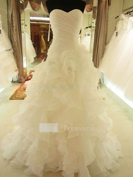 Gorgeous Ivory Cascading Ruffle Sweetheart Wedding Dress