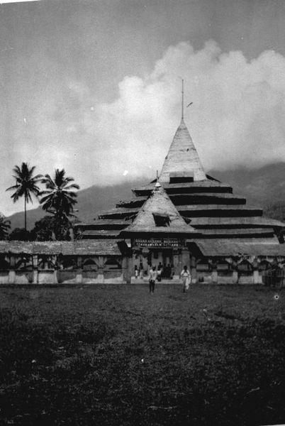 De moskee in Ternate, Masjid di Ternate 1920-1930