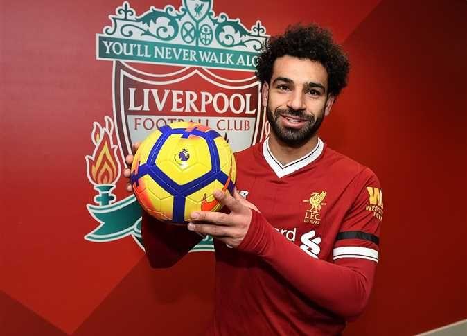 كريستيانو رونالدو يرغب باللعب مع صلاح في ريال مدريد Liverpool Soccer Ball Lfc