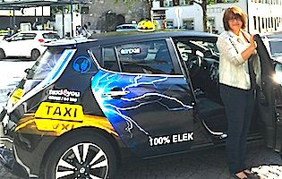 Erstes E-Taxi in Vorarlberg unterwegs #taxi, #etaxi, #e-auto, #e-mobilitaet, #vorarlberg, #mprove, #pressekonferenz