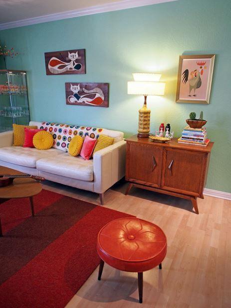 STUNNING MAKEOVER!!!!! Viviana Agostinho's retro apartment makeover