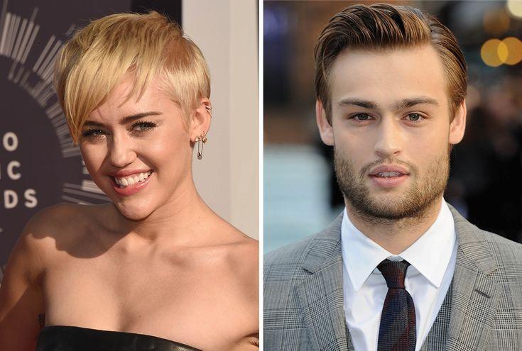 É o amor... Miley Cyrus está saindo com ator inglês >> http://glo.bo/1qx9YWG