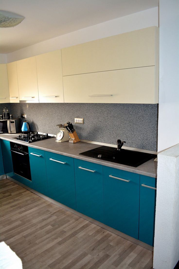 Mobilier Bucatarie MDF vopsit Turquoise lucios RAL 5021 si Bej Mat RAL 1013