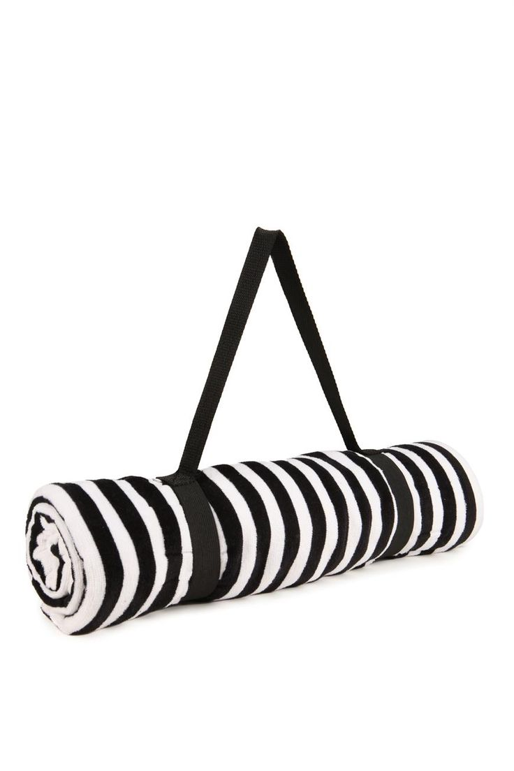 Cotton On: BEACH TOWEL (Over the Shoulder Strap)