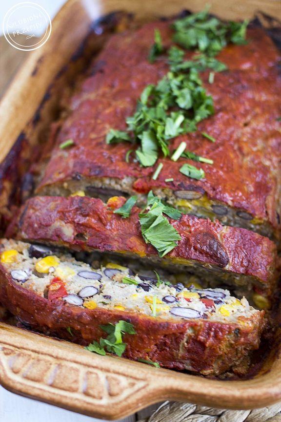 Pieczeń z mięsa mielonego po meksykańsku http://ulubioneprzepisy.com/2015/05/18/pieczen-z-miesa-mielonego-po-meksykansku/