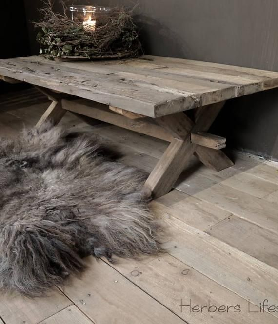 Stoer Driftwood houten salontafel geïnspireerd door oude kloostertafels
