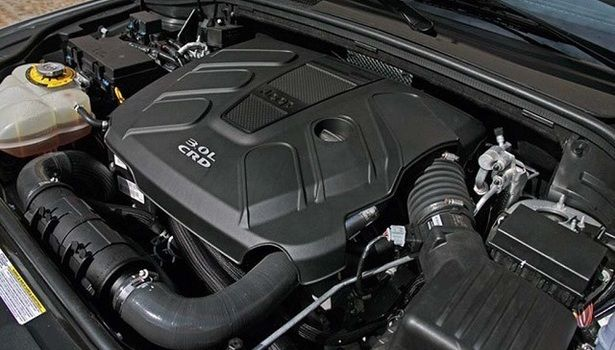 2016 Jeep Grand Cherokee - engine
