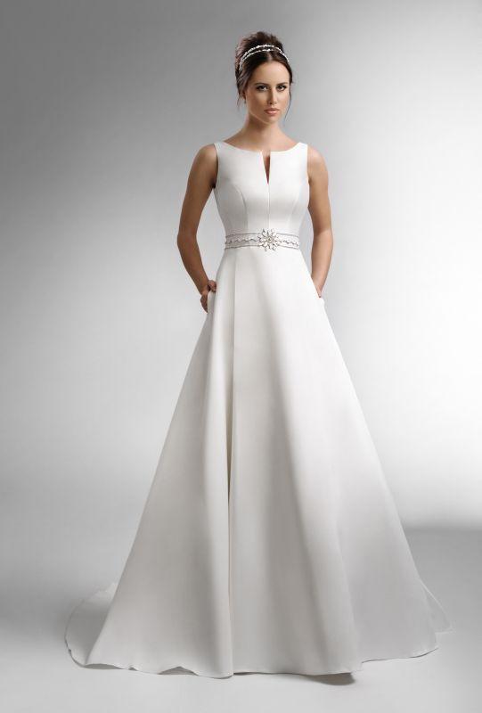 ... Dress auf Pinterest  Vestidos, Hochzeitskleider und Ausschnitt