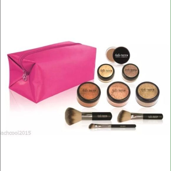 BELLA TERRA COSMETICS Medium 9-Piece Kit + Mascara Brand New! Includes Mineral Foundation in Nutmeg, Mineral Blush in Sunset Plum, Mineral Bronzer in Sensual, Eye Primer, Mineral Shimmer in Sand, Mineral Shimmer in Sand, Full Head Foundation Brush, Full Head Blush Brush, Full Head Shadow Brush and Mascara. Bella Terra Cosmetics Makeup Concealer