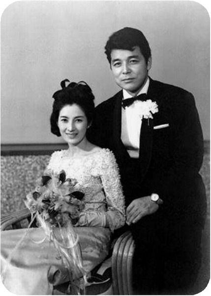 Shirakawa Yumi (白川由美) 1936-2016, Japanese Actress, 二谷英明(夫 ...