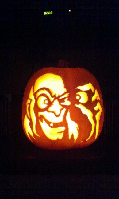 Mad joe carved in pumpkin