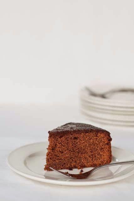 Hoogste tijd om weer eens iets te bakken met chocolade, ik scoor daar altijd punten mee.   Maar wat, het is altijd leuk om iets t...