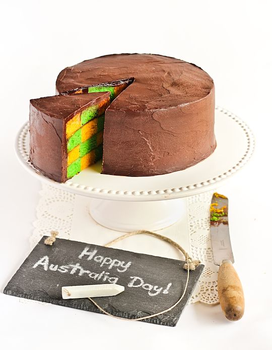Green & Gold Checkerboard Cake with Milo Ganache - a possiblity for next Australia Day @Sarah Chintomby Pataki-Nielsen
