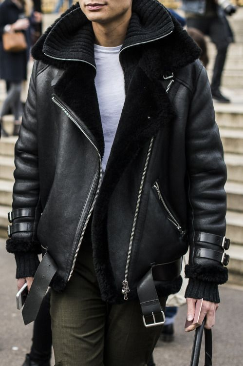 Bleu Mode Noir, Black Leather Modern Moto Jacket, Mens Fall Winter Fashion.