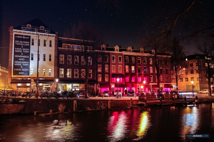 Photo by: RemydeKlein.com ©  #cityphotography #nightphotography #nightcity #nightlights #amsterdam #remydeklein