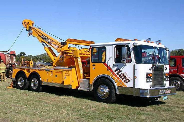 17 best images about tow truck on pinterest tow truck peterbilt 379 and trucks. Black Bedroom Furniture Sets. Home Design Ideas