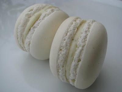 macarons al profumo di vaniglia con ganache montata al cioccolato bianco di Mercotte