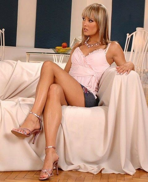 1000+ images about legs akimbo on Pinterest