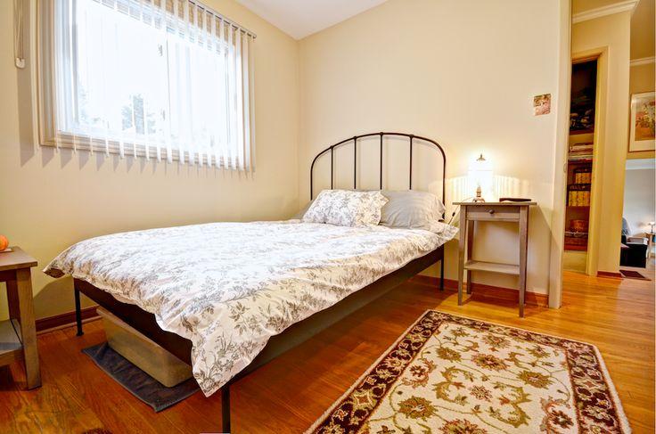 All three bedrooms in this home are located on the upper level. #Orangeville #OrangevilleRealEstate #OrangevilleOntario