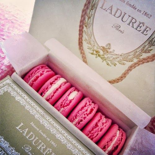 Lauduree my favorite macaroon place in Paris! Does anyone know where I can find some in Fort Wayne???