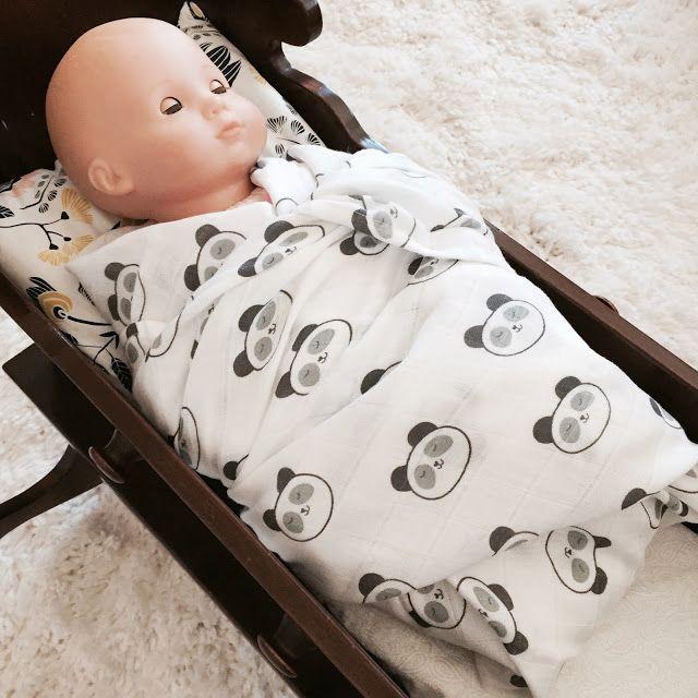 SwaddleDesigns Muslin Blanket Giveaway