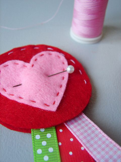 Valentijn broche by tantecupcake, via Flickr