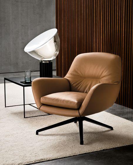 Jensen fauteuil van Minotti bij Thomassen Interieurs