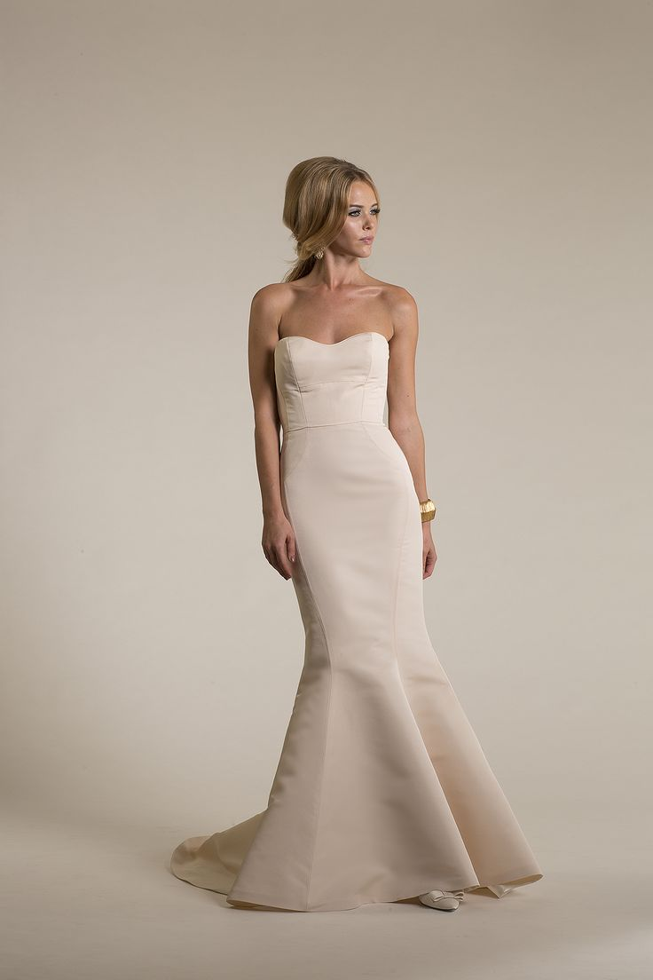 I 39 m making my own wedding dress what fabric looks best in for Wedding dress consignment nj