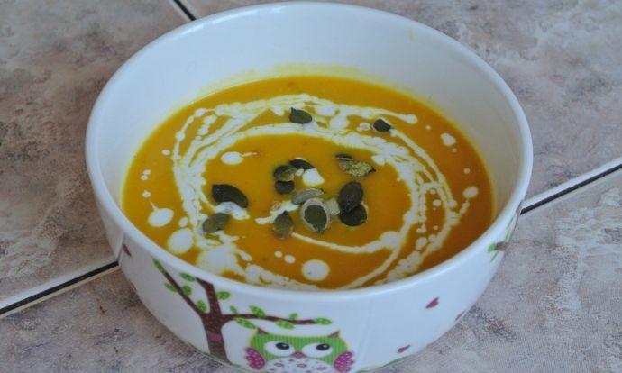 Zahřívací dýňová polévka
