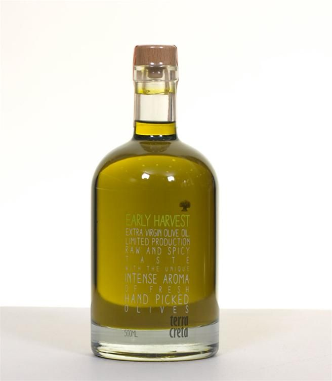 """Terra Creta - Early Harvest Extra Virgin Olive Oil  Fresh, Green and Spicy. Enjoy the unique characteristics of this excellent early harvest olive oil. Naturally from """"koroneiki"""" variety of Crete. - From selected olive trees of Kolymvari region - From handpicked olives - Harvested at the end of October 2014 - Produced in limited quantity with serial number on each bottle - Only 5000 bottles available - With balanced bitter and spicy flavor - Very low acidity (below 0.25)"""