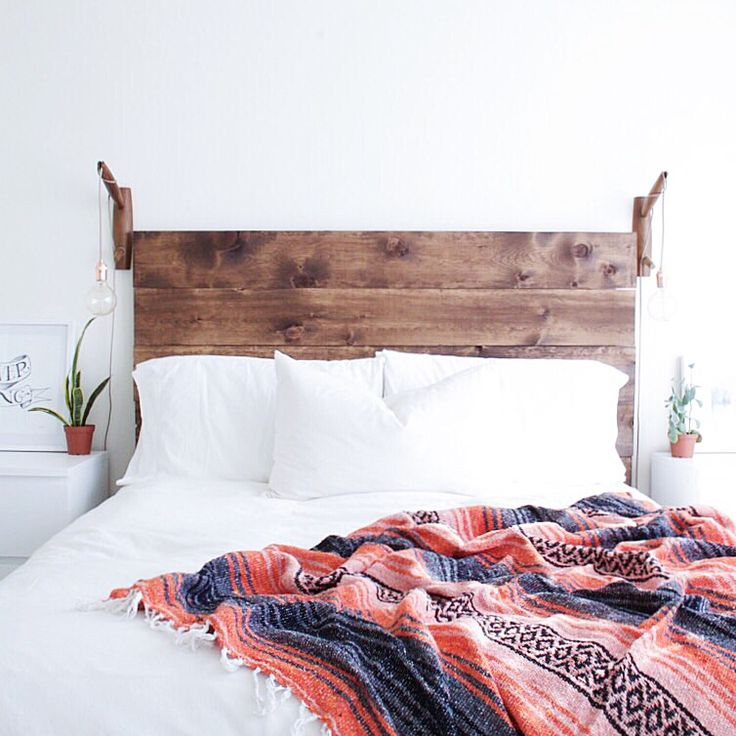 easy DIY rustic wood headboard | lindsay marcella design