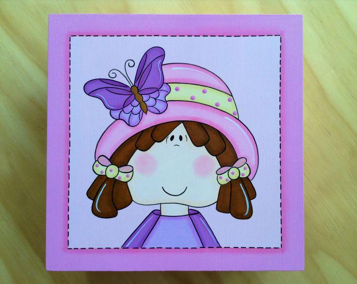 Caja Niña con Sombrero por Angélica Tamayo