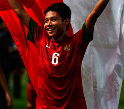 Mantan kapten timnas Indonesia, Evan Dimas akhirnya kembali ke Tanah Air , Kamis (19/05/16), har...