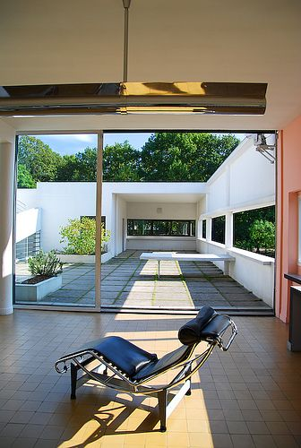 This is my favorite room in the house....Villa Savoye - Le Corbusier #GISSLER #interiordesign