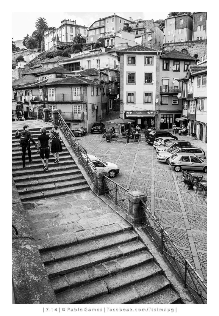 Miragaia [2014 - Porto / Oporto - Portugal] #fotografia #fotografias #photography #foto #fotos #photo #photos #local #locais #locals #cidade #cidades #ciudad #ciudades #city #cities #europa #europe #turismo #tourism #baixa #cascoantiguo #downtown @Visit Portugal @ePortugal @WeBook Porto @OPORTO COOL @Oporto Lobers